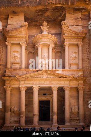 Al Khazneh (El Khasneh al Farou), The Treasury of Petra, Jordan, Middle East - Stock Photo