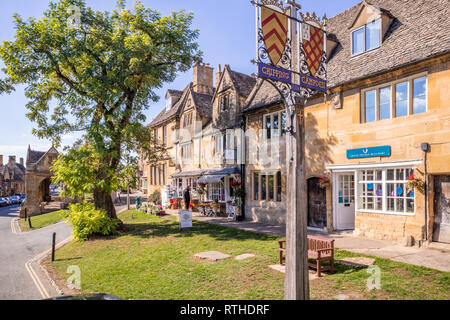 Old houses and shops in the High Street in the Cotswold town of Chipping Campden, Gloucestershire, UK - Stock Photo