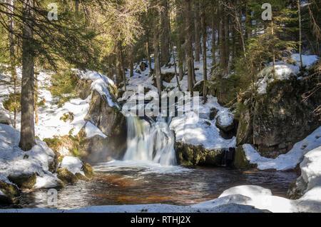 Märchenhafter Kai Woog Gumpen-Wasserfall im Schwarzwald - Stock Photo