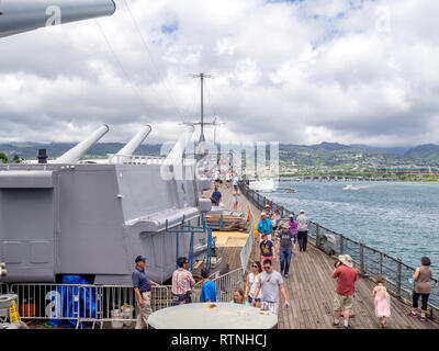The USS Missouri battleship on August 5, 2016 in Pearl Harbor, USA. Site of the treaty signing ending WWII between the US and Japan, is now berthed in - Stock Photo