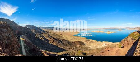 Lake Mead Lakeview Overlook, view over the lake and Lake Mead Marina, near Hoover Dam, Boulder City, formerly Junction City - Stock Photo