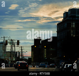late afternoon rush hour  traffic on Washington ave in south Philadelphia - Stock Photo