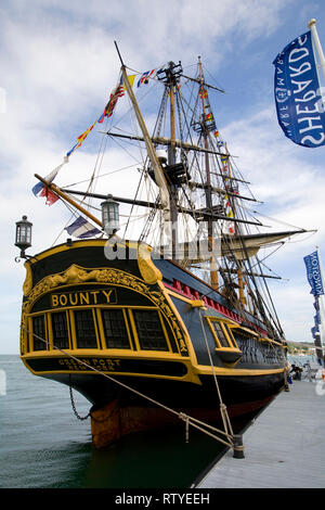 The Bounty, mutiny, copy, Captain Bliy, Mr Christian, Cowes, isle of Wight, England, UK, - Stock Photo