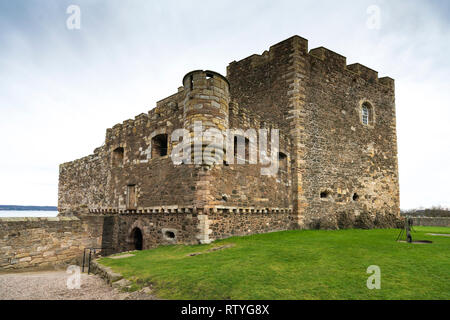 Blackness Castle  a 15th-century fortress, near the village of Blackness, Scotland, on the south shore of the Firth of Forth, Scotland, UK. Blackness  - Stock Photo