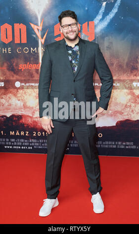 Berlin, Germany. 03rd Mar, 2019. Timo Vuorensola on the red carpet of the film premiere 'Iron Sky: The Coming Race'. Vuorensola is the director of the film. Credit: Annette Riedl/dpa/Alamy Live News - Stock Photo