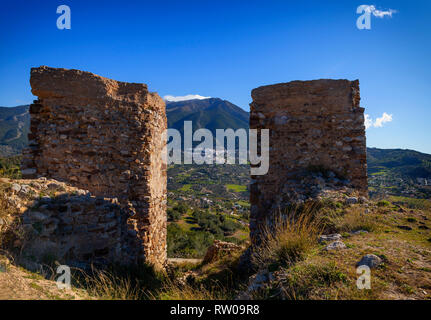 The ruined castle of Zalia or Zalía was a fortress located in the municipality of Alcaucín , in the province of Málaga, Andalucia, Spain. The castle i - Stock Photo