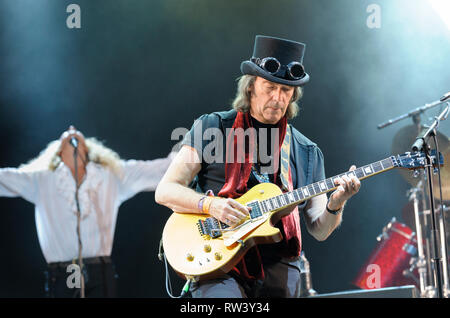 Steve Hackett and Nad Sylvan performing at the Fairport's Cropredy Convention, August 7, 2014 - Stock Photo