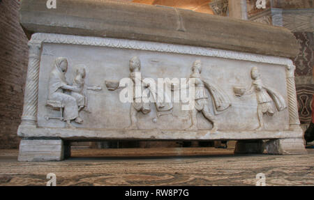 Italy. Ravenna. Basilica of San Vitale. Sarcophagus of Isachius.  Adoration of the Magi. 5th century and reused in 7th century. - Stock Photo