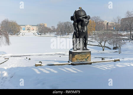 A snow-covered landscape in the University Circle neighborhood of Cleveland, Ohio, USA with the Cleveland Museum of Art in the background. - Stock Photo