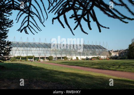 Exterior of the glasshouse at the Royal Botanic Garden on a sunny day, Edinburgh, Scotland - Stock Photo