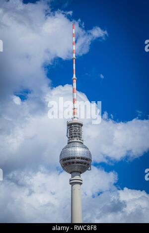 Berlin, Deutschland. 13th Aug, 2017. Detail from the television tower in the Berlin district of withte, near the Alexanderplatz in front of slightly cloudy sky in the capital. | usage worldwide Credit: dpa/Alamy Live News - Stock Photo