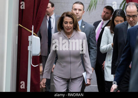 House Speaker Nancy Pelosi, D-C.A., arrives for a Democratic Caucus meeting on Capitol Hill in Washington, DC on January 29, 2019. - Stock Photo