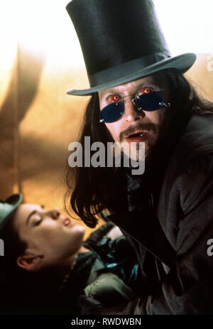 RYDER,OLDMAN, DRACULA, 1992 - Stock Photo