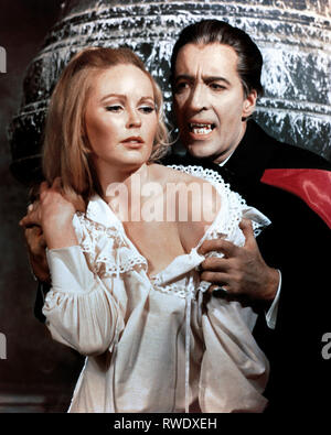 CARLSON,LEE, DRACULA HAS RISEN FROM THE GRAVE, 1968 - Stock Photo