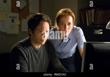 DUCHOVNY,ANDERSON, THE X FILES: I WANT TO BELIEVE, 2008 - Stock Photo
