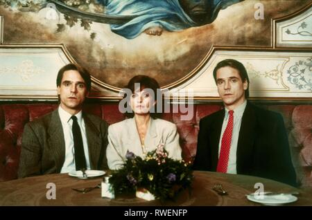 IRONS,BUJOLD,IRONS, DEAD RINGERS, 2012 - Stock Photo