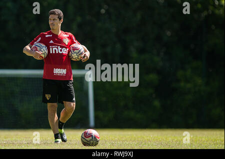 SÃO PAULO, SP - 06.03.2019: TREINO DO SPFC - Hernanes during training at São Paulo Futebol Clube held at CCT Barra Funda, in the West Zone of São Paulo. (Photo: Maurício Rummens/Fotoarena) - Stock Photo