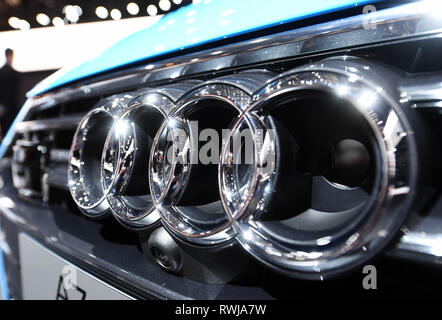 Genf, Switzerland. 06th Mar, 2019. An Audi logo, taken on the second press day. The 89th Geneva Motor Show starts on 7 March and lasts until 17 March. Credit: Uli Deck/dpa/Alamy Live News - Stock Photo