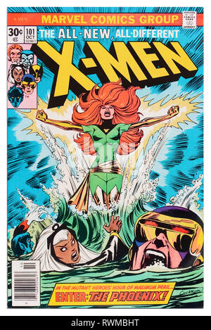 'X-Men' Marvel Comics Issue 101 published 10 October 1976 story by Chris Claremont, cover artwork by Dave Cockrum. Jean Grey crashes a space shuttle after being hit by a solar flare and emerges from the wreckage as the Phoenix. - Stock Photo