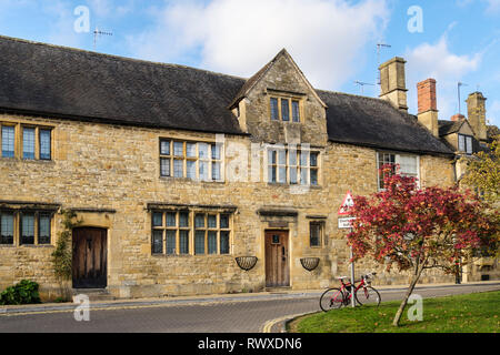 Old Cotswold stone buildings houses in historic Cotswolds village. Chipping Campden, Gloucestershire, England, UK, Britain - Stock Photo