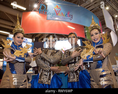 Berlin, Germany. 07th Mar, 2019. Dancers at the booth of Pattaya Chonburi Thailand in hall 26. Credit: Soeren Stache/dpa/Alamy Live News - Stock Photo