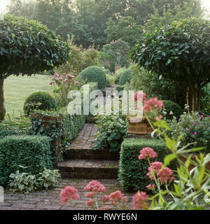 Path through garden - Stock Photo