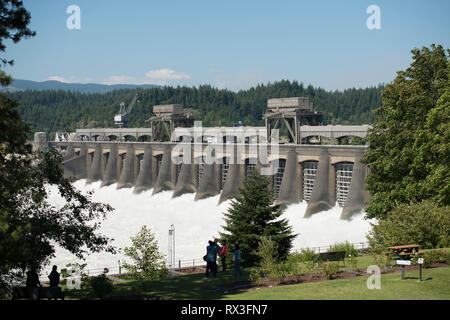 The Bonneville Lock and Dam located on the Columbia River in Oregon, USA, a National Historic Landmark. - Stock Photo