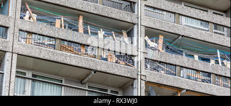 Balconies at Cables Wynd House is an A listed apartment block. The Brutalist style is an example of excellence in modernist urban design - Stock Photo