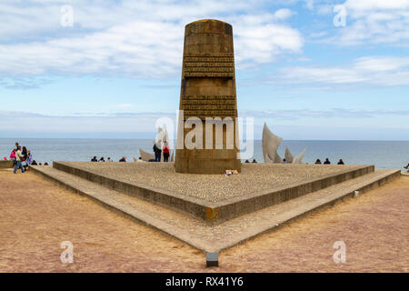 The Liberation Monument  marking the point on Omaha Beach where the American forces landed on 6th June 1944, Normandy, France. - Stock Photo