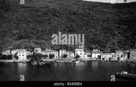 italy, tuscany, view of the port of the island of capraia, 1920-30 - Stock Photo