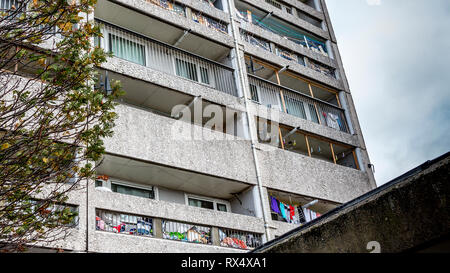 Cables Wynd House Leith or Banana Flats is an A listed apartment block in the Brutalist style an example of excellence in modernist urban design - Stock Photo