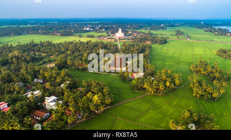 Sandagiri Stupa and Raja Maha Vihara ancient Buddhist temples in Tissamaharama, Southern Province of Sri Lanka. - Stock Photo