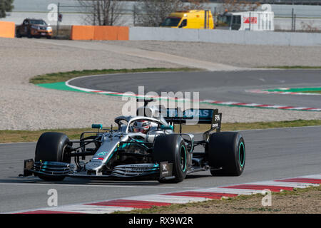 Barcelona, Spain. 1st March, 2019 - Lewis Hamilton (44) from UK with Mercedes AMG F1 Team Mercedes W10 driving on track of F1 Winter Testing. - Stock Photo