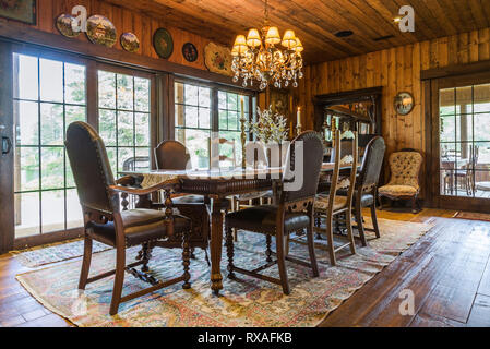... Dining Room With Antique Wooden Table And High Back Brown Leather Chairs  Inside A LEED