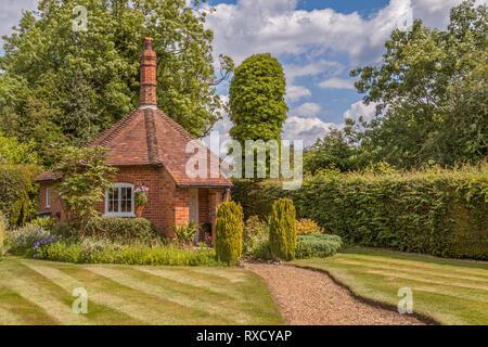 Well Cottage, Stoke Row,  Oxfordshire, UK - Stock Photo