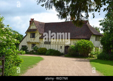 Valley Farm House, a 15th century building and the oldest building in Flatford, Suffolk, UK - Stock Photo