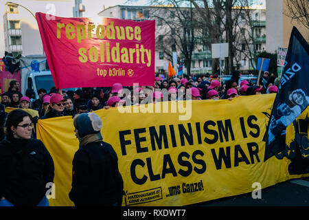 Berlin, Berlin, Germany. 8th Mar, 2019. Protesters are seen holding banners during the protest.Thousands of people celebrate the international women´s day with protests demanding for women rights in berlin. Credit: Lorena De La Cuesta/SOPA Images/ZUMA Wire/Alamy Live News - Stock Photo