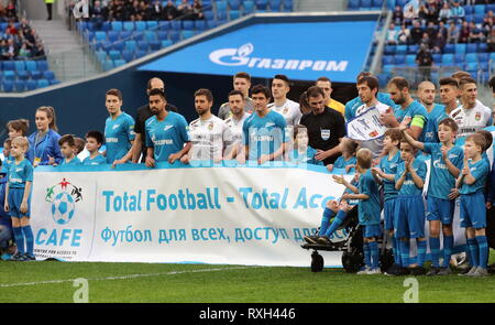 St Petersburg, Russia. 10th Mar, 2019. ST PETERSBURG, RUSSIA - MARCH 10, 2019: FC Zenit St Petersburg's and FC Ufa players ahead of their 2018/19 Russian Premier League Round 19 football match at Gazprom Arena Stadium. Alexander Demianchuk/TASS Credit: ITAR-TASS News Agency/Alamy Live News - Stock Photo