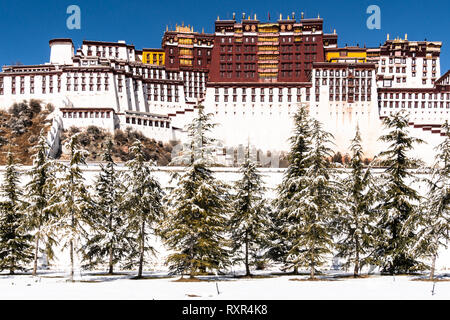 The famous Potala palace on a sunny winter day in Lhasa in Tibet, China. - Stock Photo