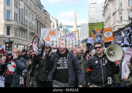 London, UK. 10th Mar, 2019. Protesters gather in Cavendish Square before marching to Parliament Square.  Since the hunting act was introduced in 2004 thousands of foxes have been hunted and killed. Hunt saboteurs have continually been victims of violence with little action being taken by police. Penelope Barritt/Alamy Live News Credit: Penelope Barritt/Alamy Live News - Stock Photo