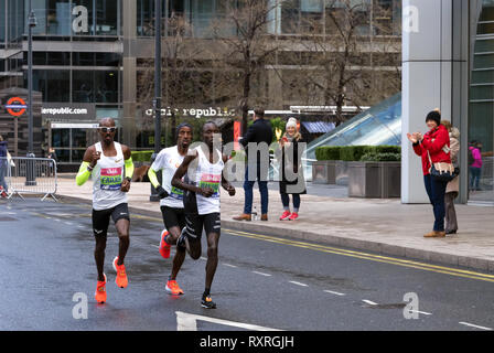 London, UK. 10th Mar 2019. Sir Mo Farah, Wanjiru and Abdi compete in Vitality Big Half marathon. Credit: AndKa/Alamy Live News - Stock Photo