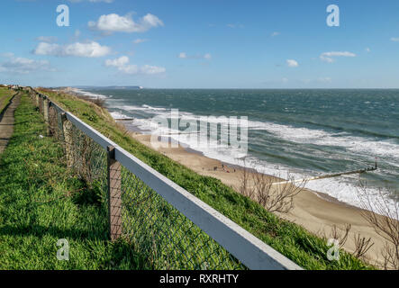 Bournemouth, Dorset, UK. 10th March 2019. Large waves crash on Bournemouth beach as the strong winds continue across the UK. Credit: Thomas Faull/Alamy Live News - Stock Photo