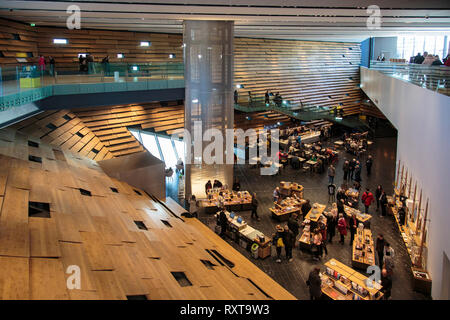 The cafe and shop in the V&A Museum in Dundee. - Stock Photo