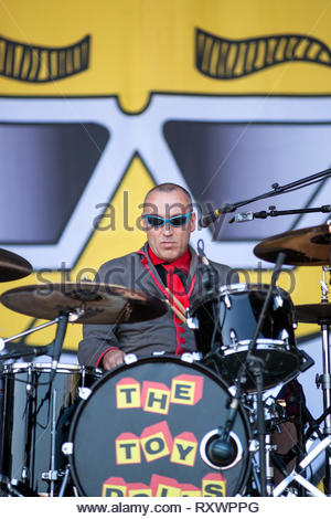 THE TOY DOLLS performing live, 11 july 2015 - Stock Photo