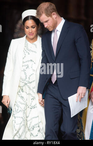 London, Britain. 11th Mar, 2019. Britain's Prince Harry (R), Duke of Sussex, and his wife Meghan, Duchess of Sussex, leave after attending the Commonwealth Day celebrations at Westminster Abbey in London, Britain, on March 11, 2019. Credit: Ray Tang/Xinhua/Alamy Live News - Stock Photo
