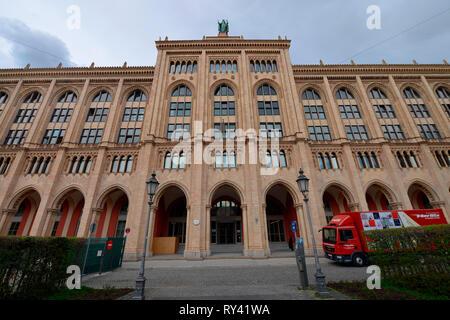 Regierung von Oberbayern, Dienstgebaeude, Maximilianstrasse, Muenchen, Bayern, Deutschland - Stock Photo