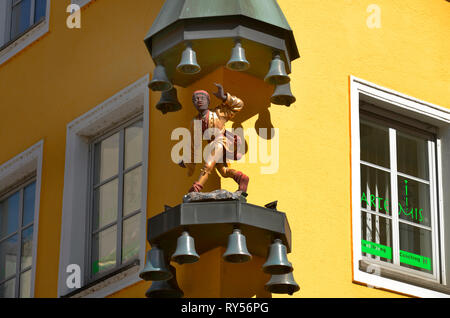 Glockenspiel, Sendlinger Strasse, Muenchen, Bayern, Deutschland - Stock Photo