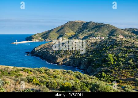 France, Pyrenees Orientales, Cote Vermeille, on the coastal path near Port-Vendres, anse de la Mauresque - Stock Photo