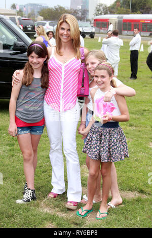 LOS ANGELES, CA - JUNE 13: Lori Loughlin attend the 21st annual 'A Time For Heroes' celebrity picnic at the Wadsworth Theater on June 13, 2010 in Los Angeles, California.  People:  Lori Loughlin - Stock Photo