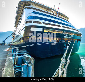 September 15, 2018 - Skagway, AK: Stern and mooring lines of Holland America's The Volendam cruise ship tied to bollards at White Pass dock. - Stock Photo